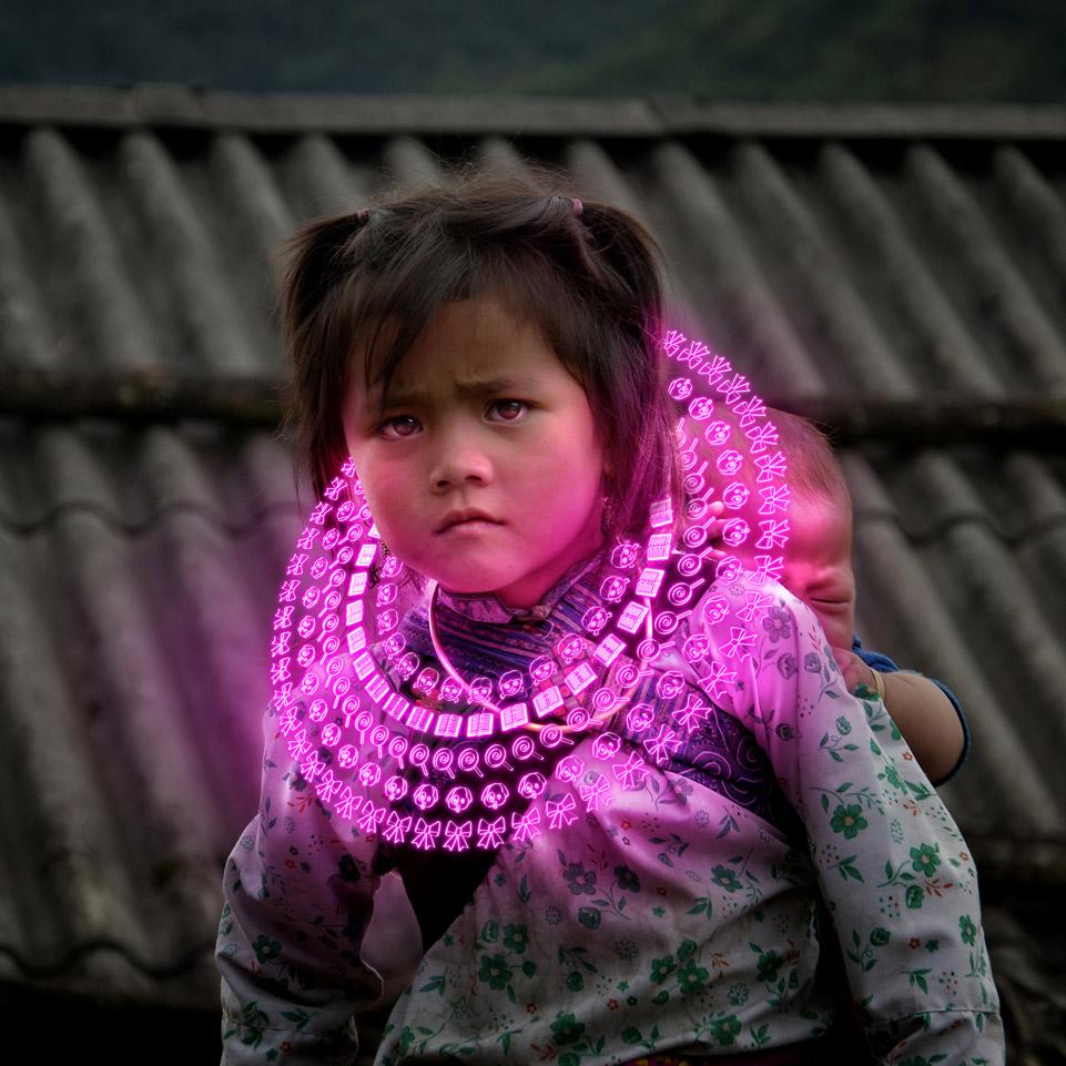 ZAGO We-Share-Pain-We-Share-Joy_She-pink